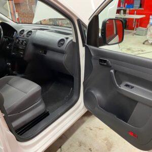 VW Caddy maxi 12