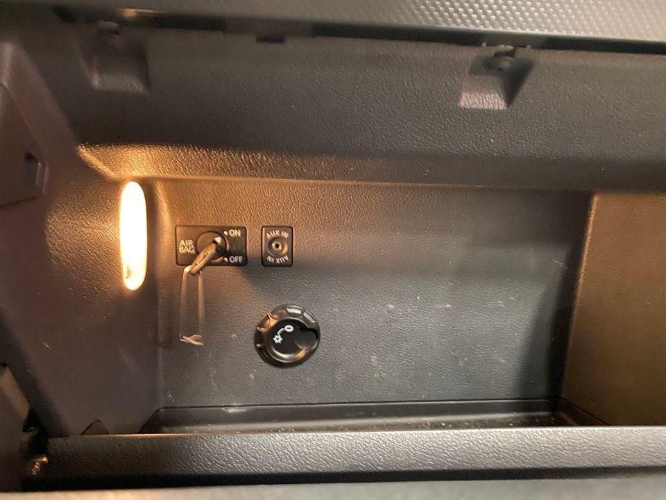 VW Caddy maxi 13