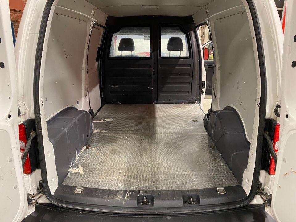 VW Caddy maxi 14